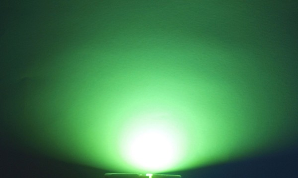 OptoSupply LED, 5mm, 8.5-9.2lm, 15°, klar, lime green